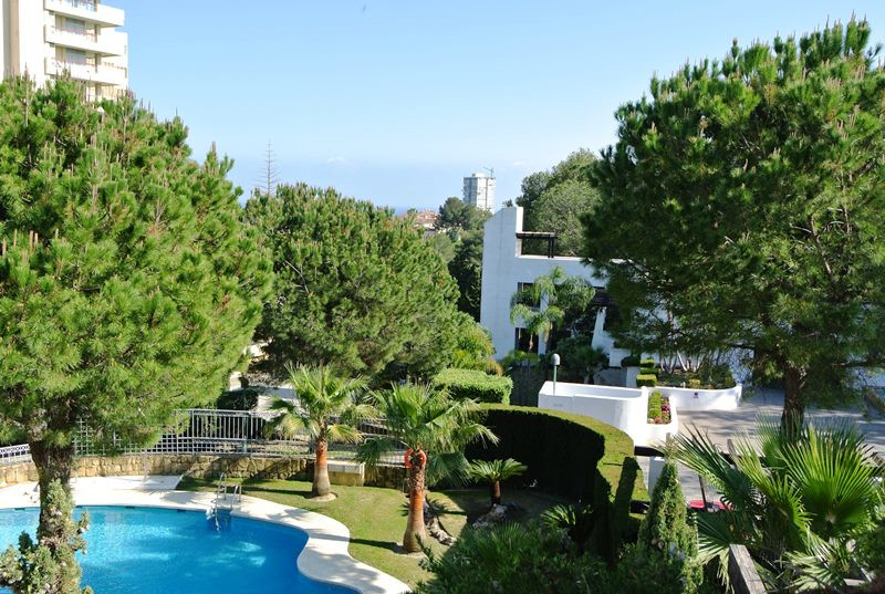 This apartment is located in a gated urbanization with pool and gardens in Torre Real area, a few mi,Spain