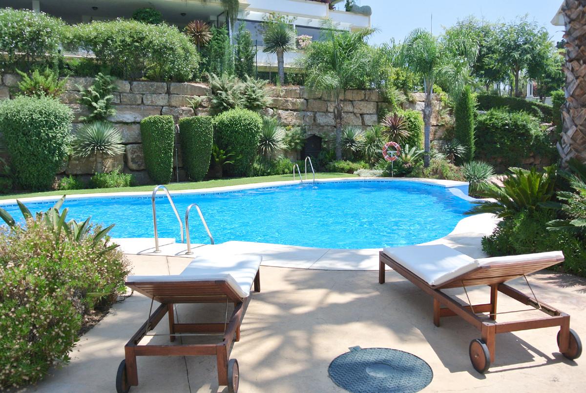 Marbella Banus Apartamento en Planta Última en venta en The Golden Mile – R2481191