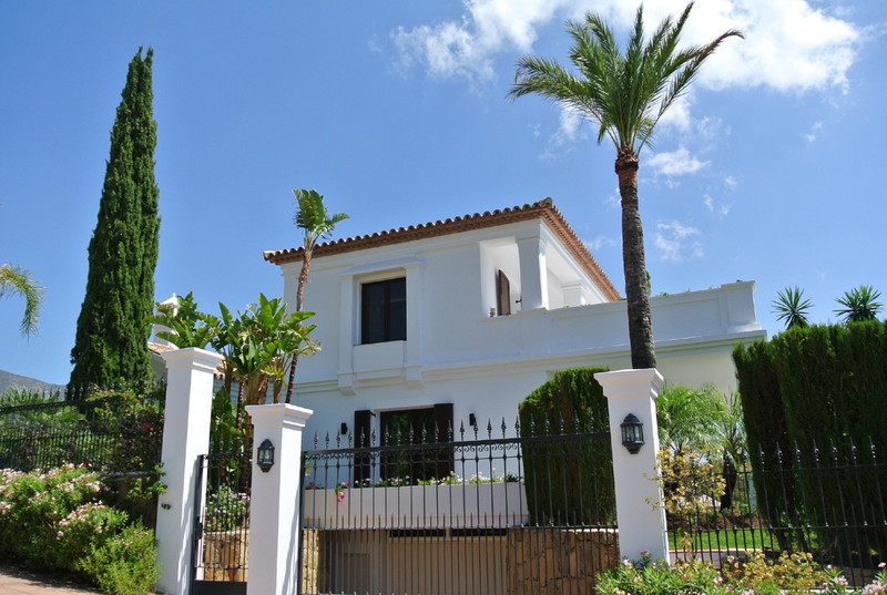 Detached Villa for sale in Sierra Blanca
