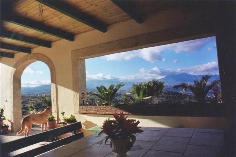 Freistehende Villa zum verkauf in Coín