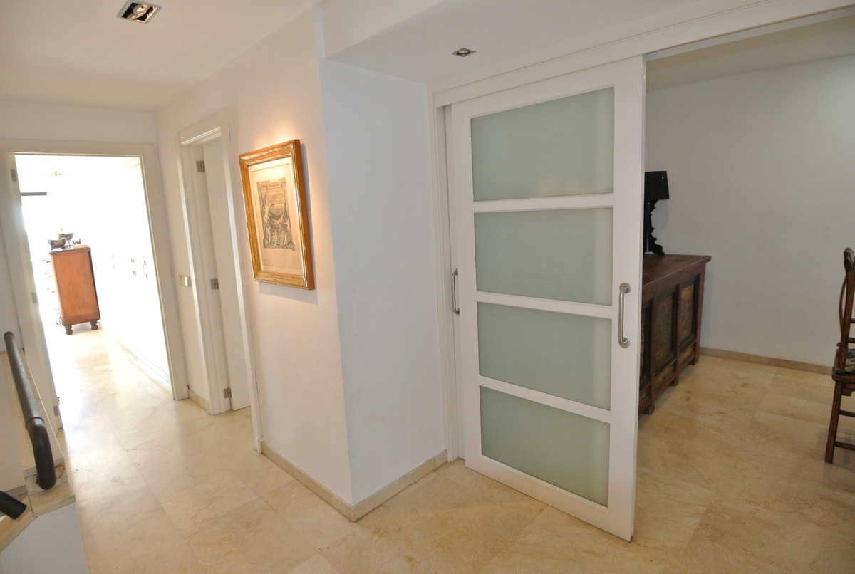3 Bedroom Apartment for sale The Golden Mile
