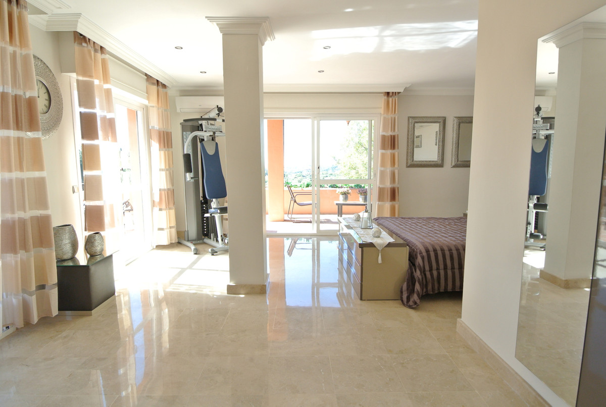 Apartment in The Golden Mile R3499189 22