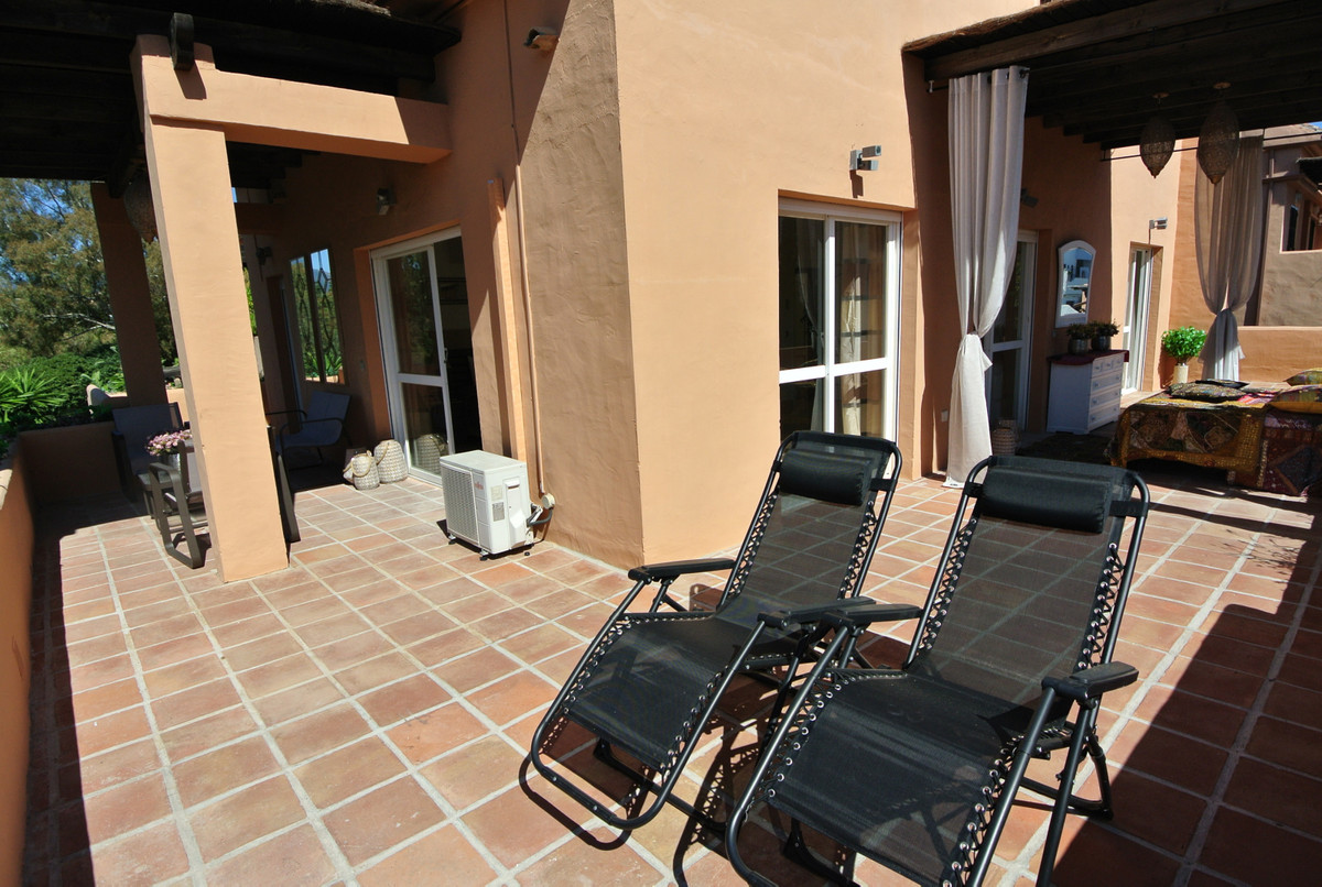 Apartment in The Golden Mile R3499189 26