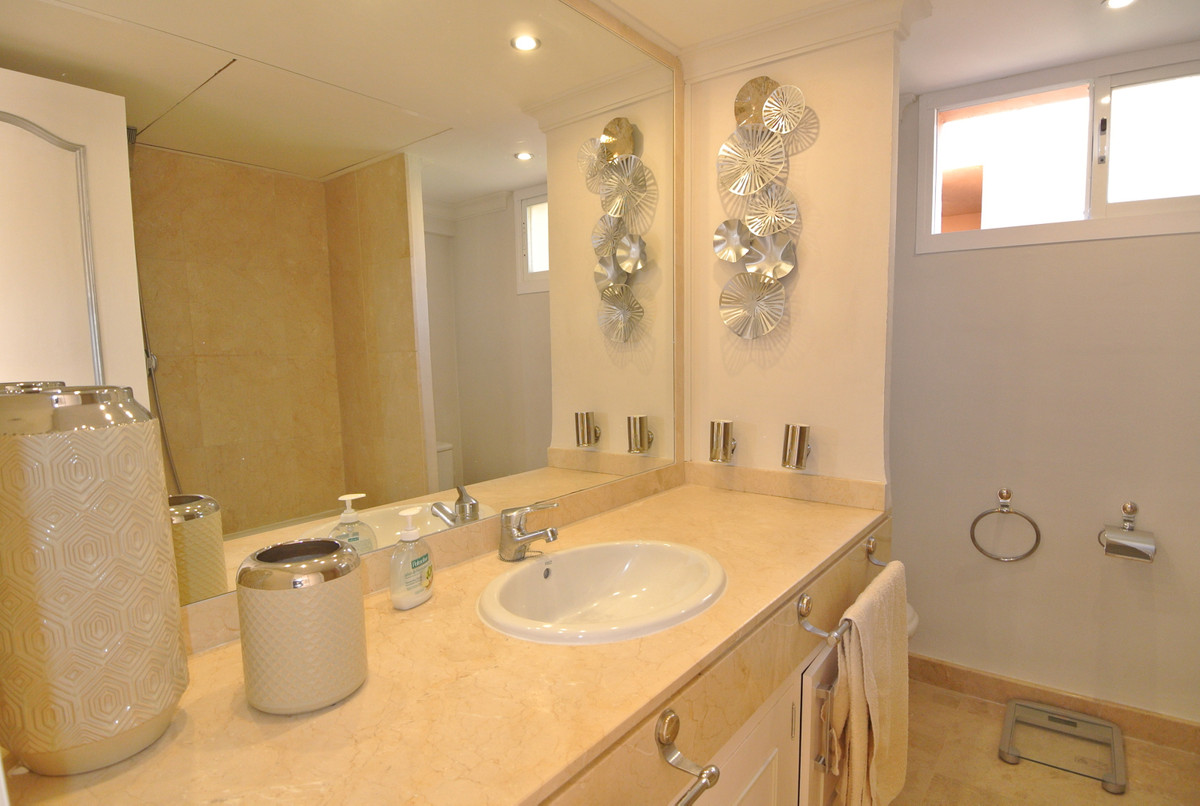 Apartment in The Golden Mile R3499189 29
