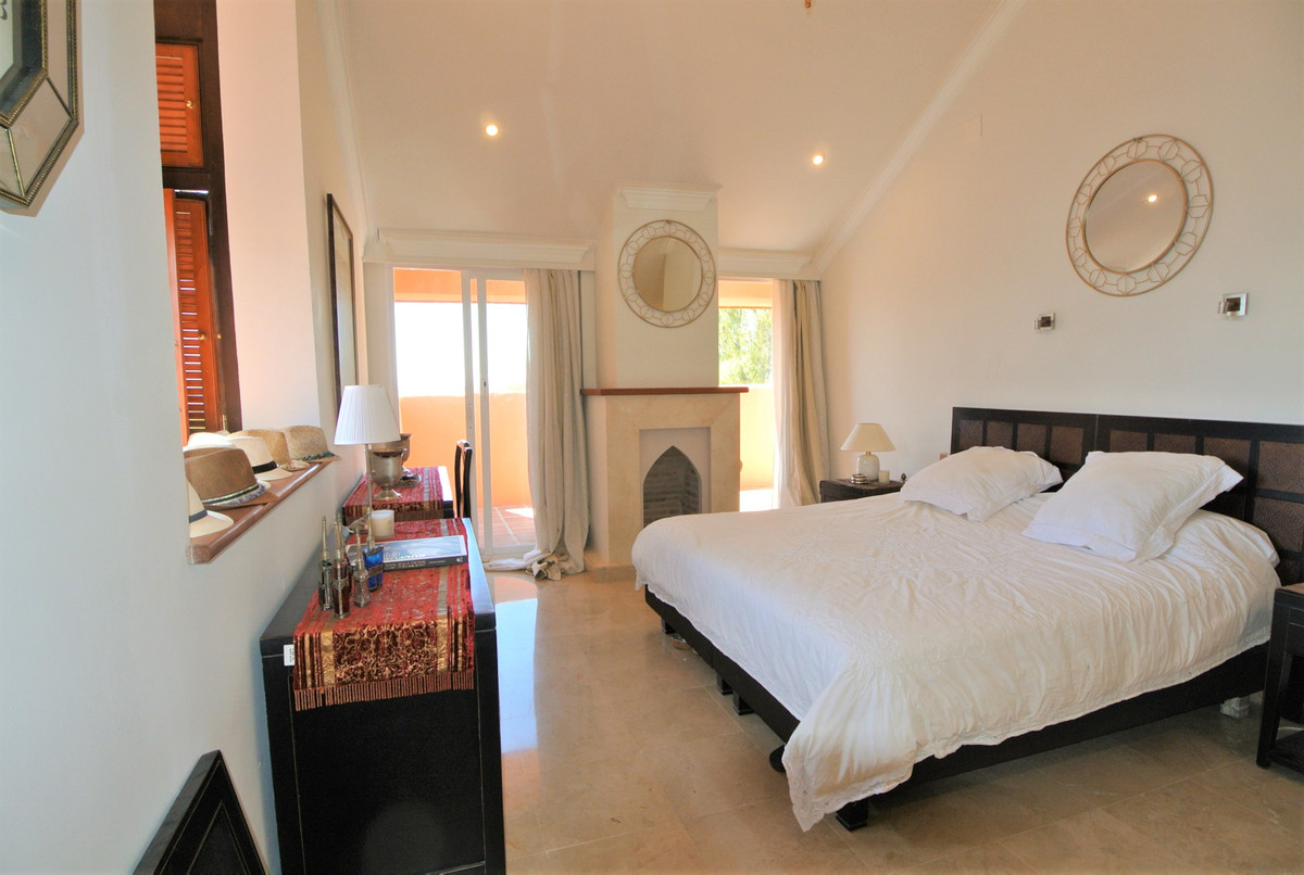Apartment in The Golden Mile R3499189 31