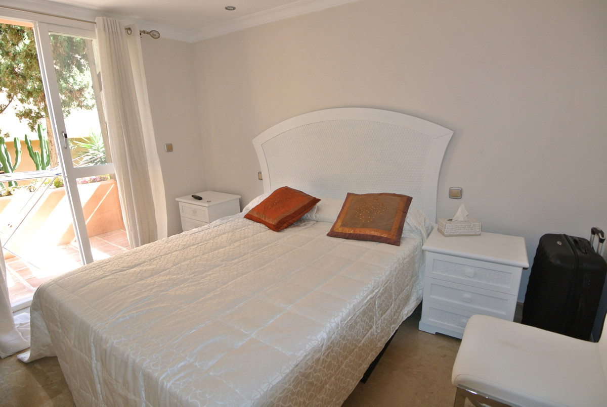 Apartment in The Golden Mile R3499189 37
