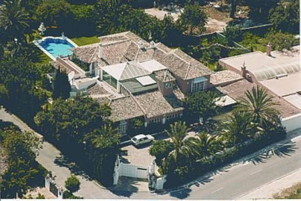South facing villa situated in one of the most established areas of Marbella, Nagueles, next to Sier, Spain