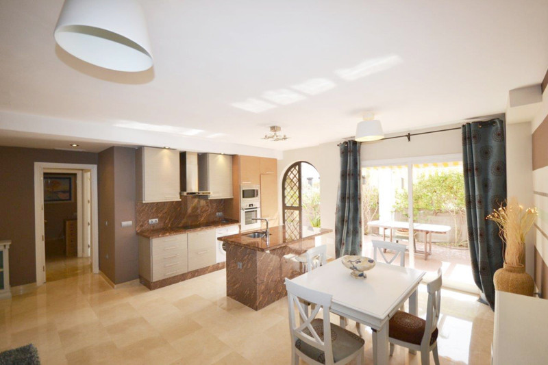 Ground Floor Apartment for sale in The Golden Mile
