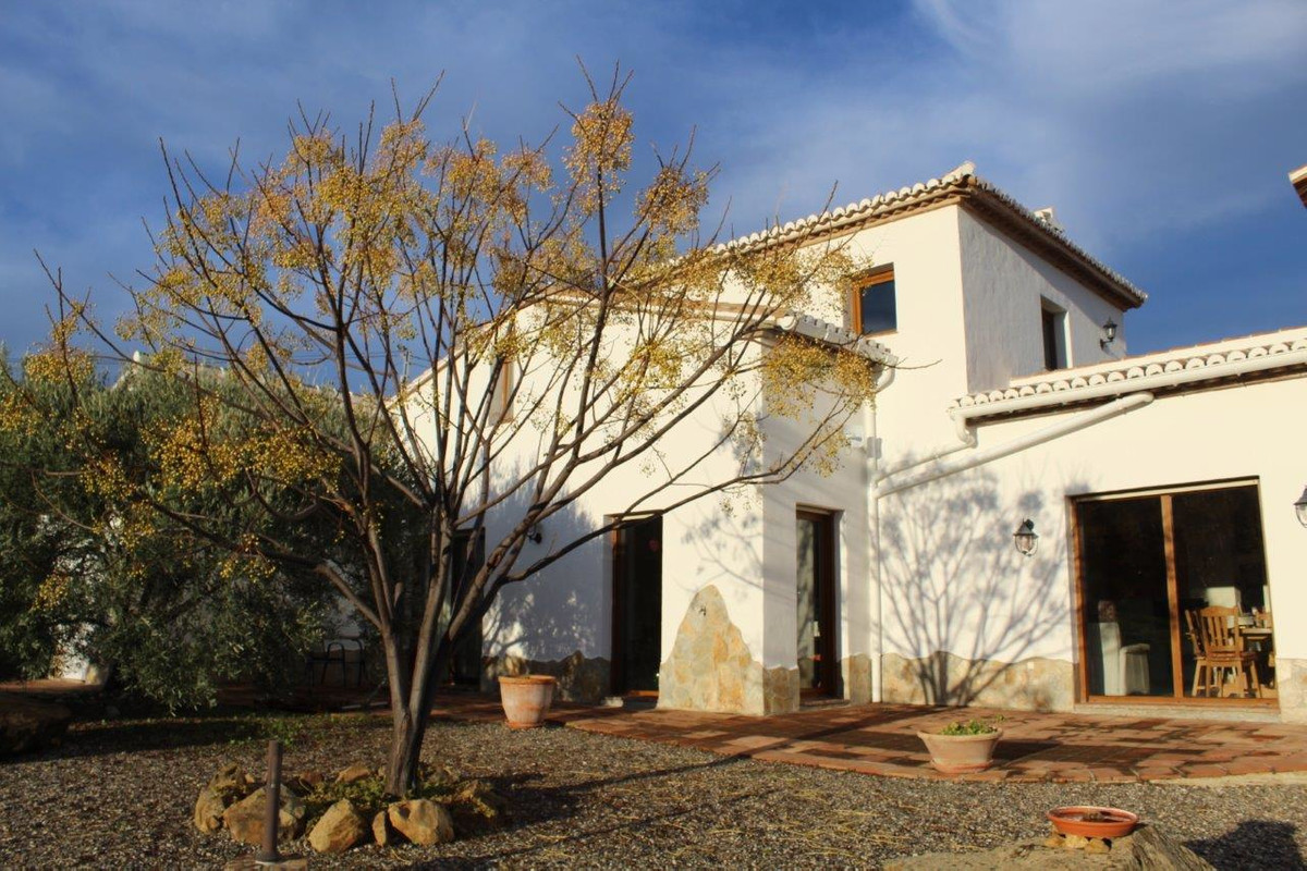 Beautifully situated finca with panoramic views of mountains and sea. Well maintained property. Quie, Spain