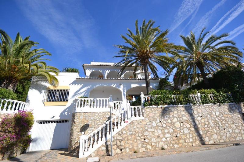Freistehende Villa zum verkauf in Calahonda