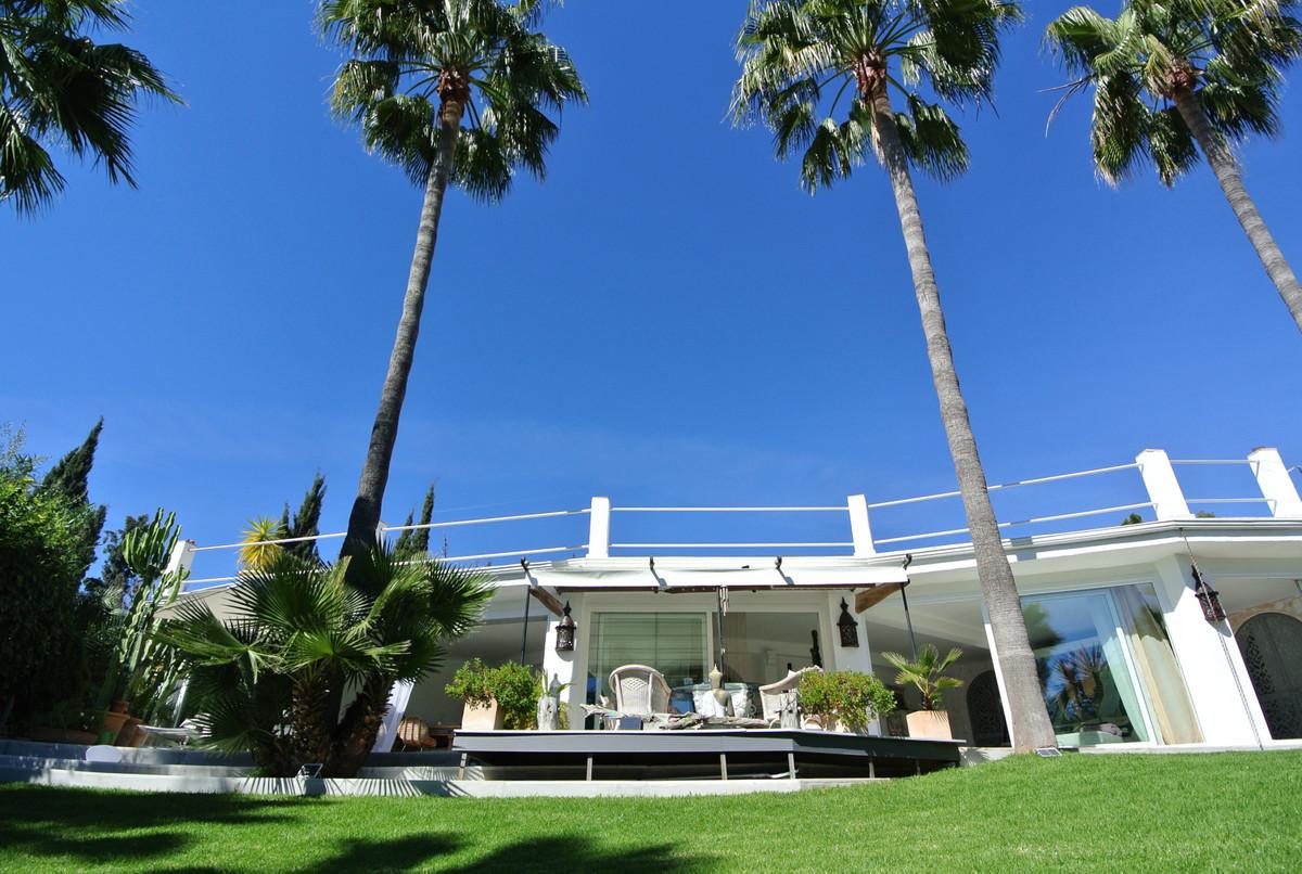Marbella Banus Villa – Chalet en Venta en Nagüeles – R2319290