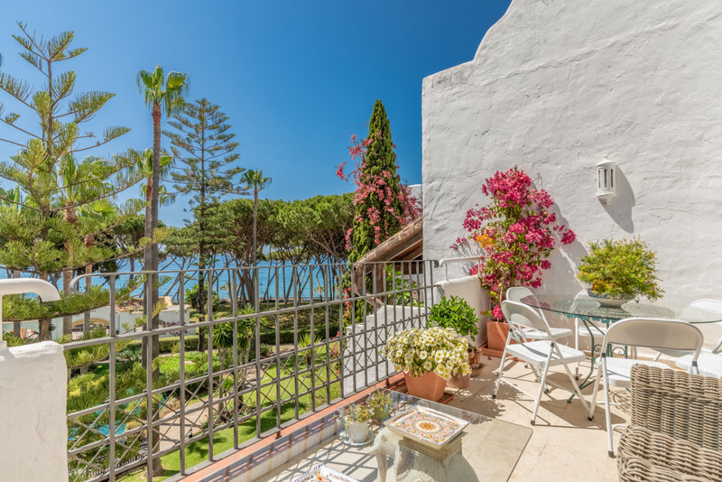 Marbella Banus Ático en venta en The Golden Mile – R3435880