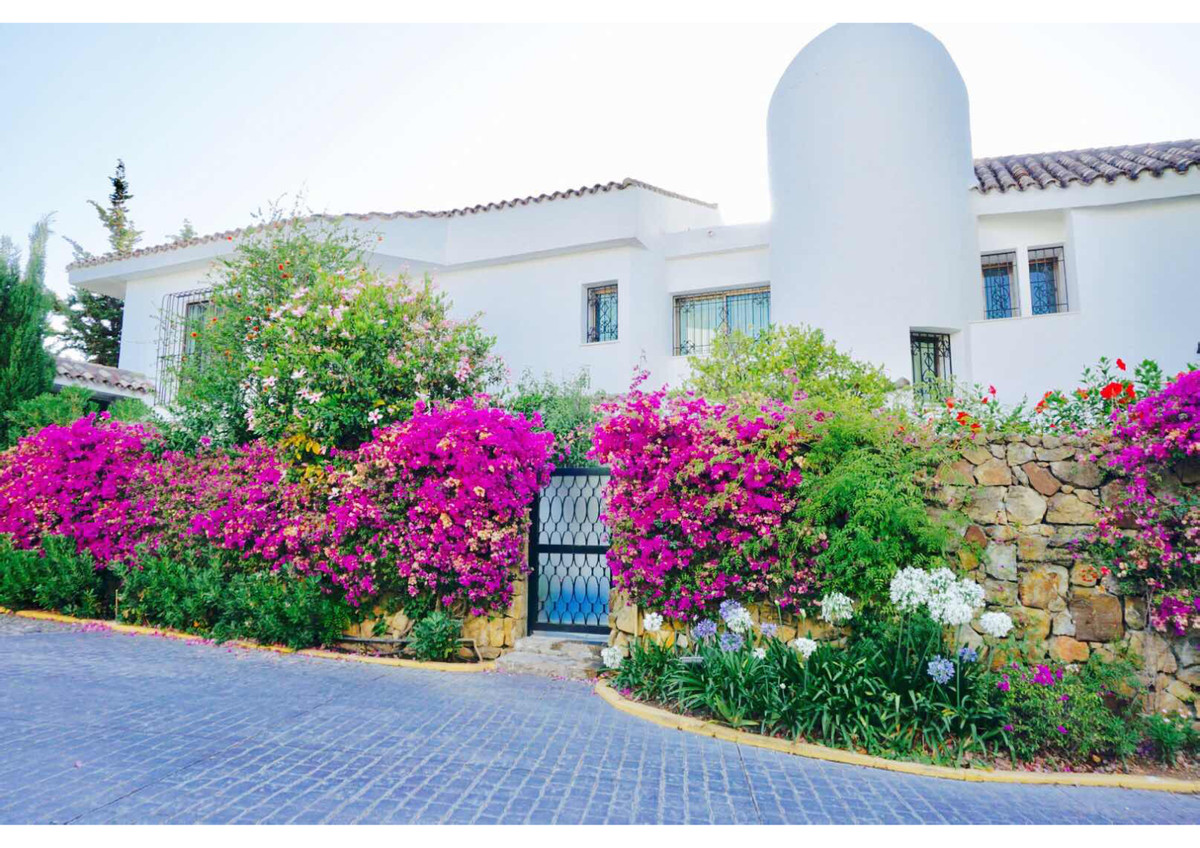 Villa situated on the Golden Mile, just a few minutes driving from Marbella or Puerto Banus. The hou, Spain