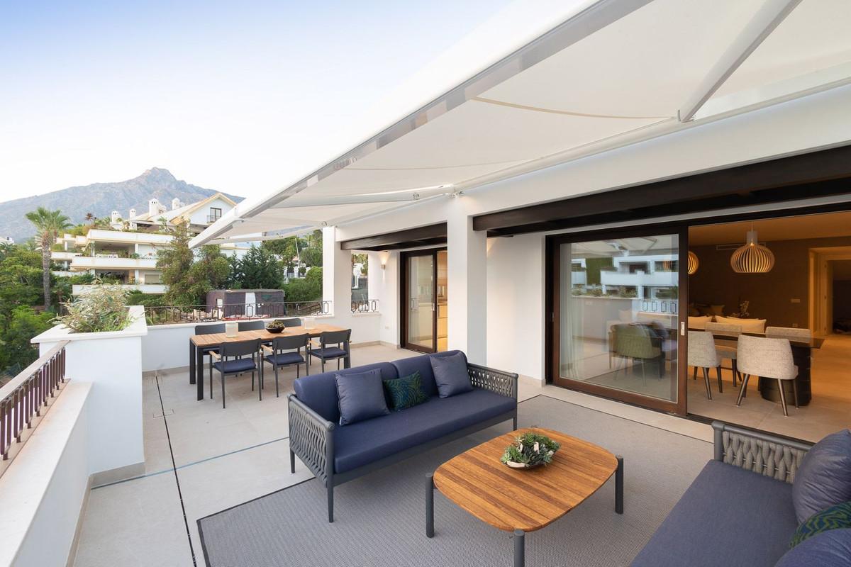 Apartamento Planta Baja en Venta en The Golden Mile – R3305770
