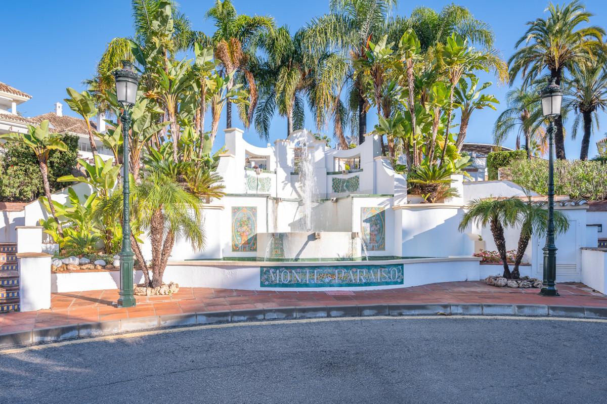 Marbella Banus Ático en Venta en The Golden Mile – R3425731