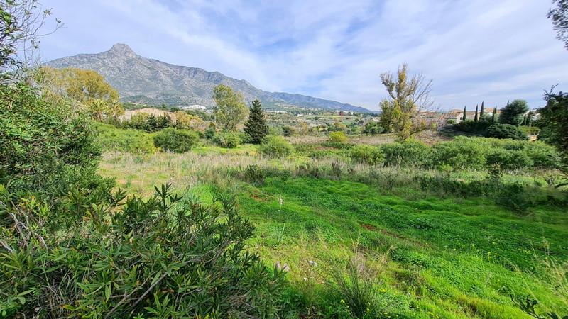 Marbella Banus Terreno Urbano en venta en The Golden Mile – R3270145