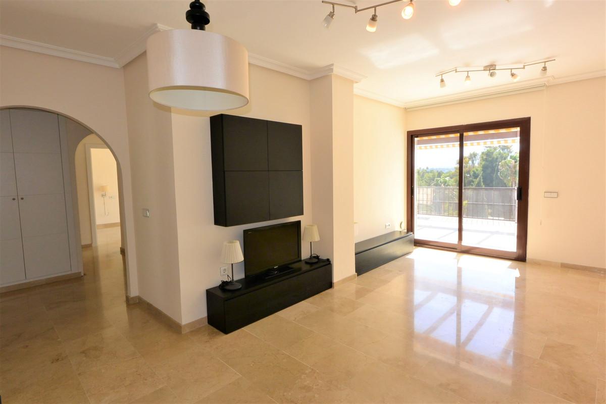Apartamento Planta Media en Venta en The Golden Mile – R2950964