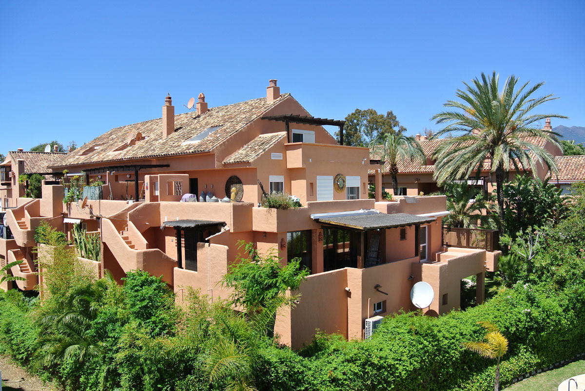 Marbella Banus Apartamento Planta Media en Venta en The Golden Mile – R3077155