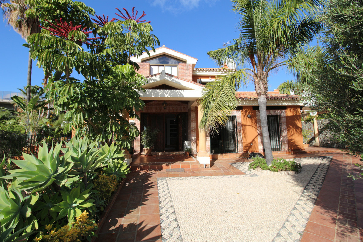 Beautiful Mediterranean style villa in Nueva Andalucia with lots of light and character while very f,Spain