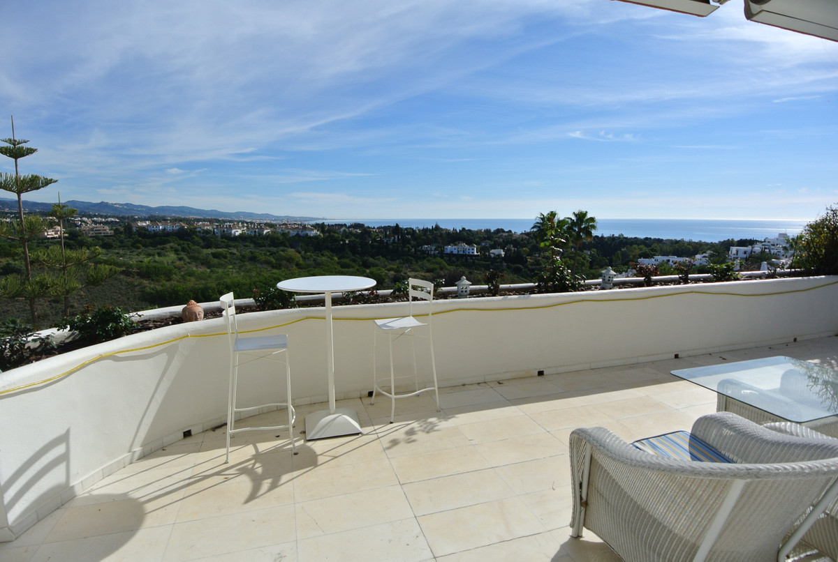 Apartment  Penthouse for sale   in The Golden Mile