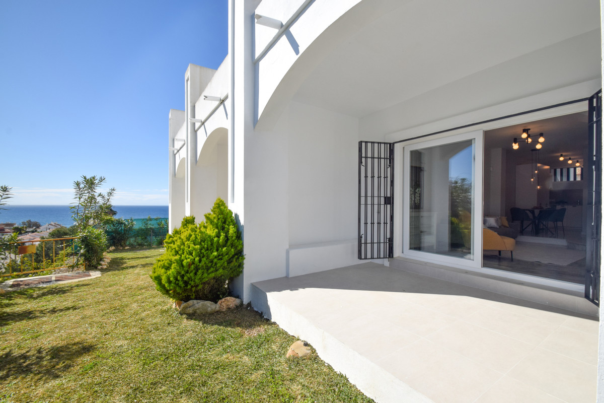 RENOVATED DUPLEX FOR SALE WITH SEA VIEWS, RIVIERA DEL SOL Incredible duplex apartment with magnifice,Spain
