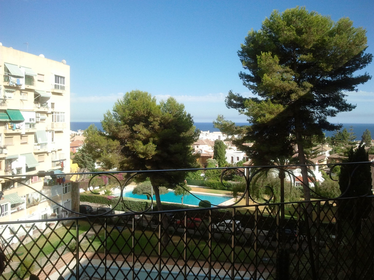 1 bedroom apartment in downtown area  Beautiful renovated apartment, with one bedroom, bathroom with,Spain