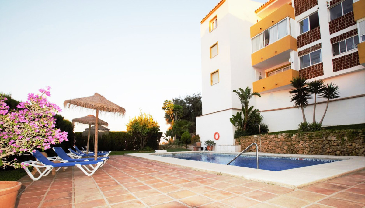 Apartment in Riviera del Sol  Cozy fully furnished two bedroom apartment in excellent and quiet area,Spain
