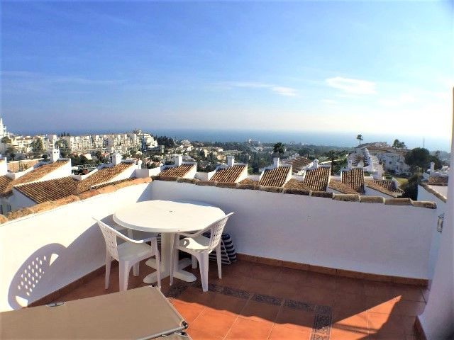 2 bedroom townhouse in Calahonda  Townhouse completly furnished with 2 bedrooms, 1 bathroom and toil, Spain