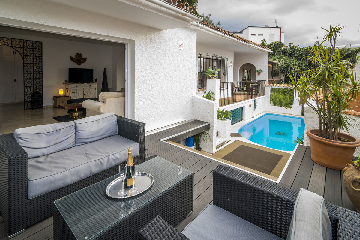 RESERVED!  Very charming detached villa in La Campana, quietly located yet very close to La Campanas,Spain