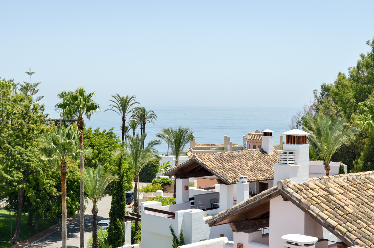 Spectacular South / West facing Penthouse apartment with panoramic sea views. Exceptional property o, Spain