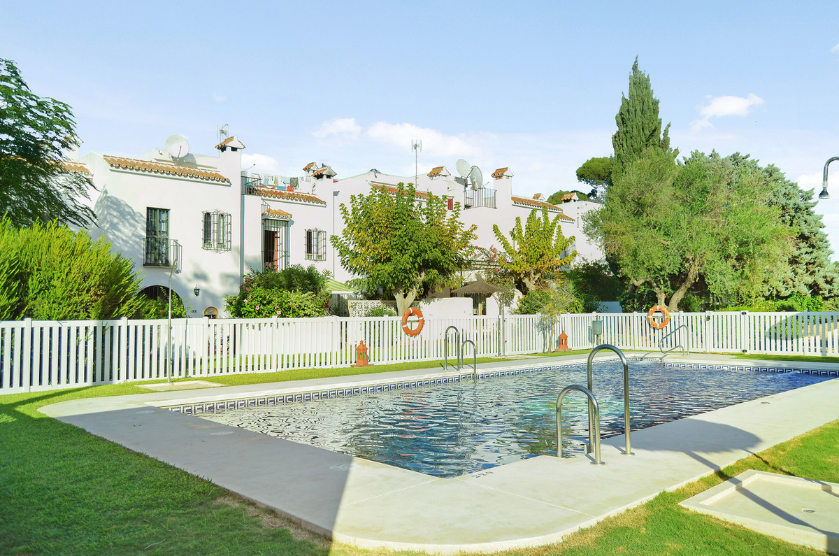 Townhouse, Casares Playa, Costa del Sol. 3 Bedrooms, 2.5 Bathrooms, Built 115 m², Terrace 30 m², Gar, Spain