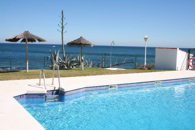 2 bed Townhouse for sale in La Duquesa