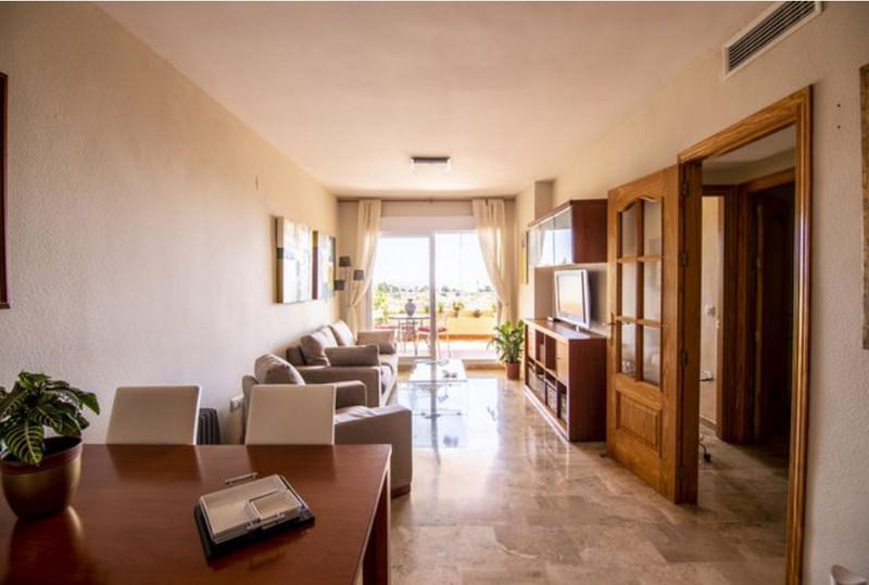 Apartamento Planta Media en venta en Riviera del Sol – R3630086