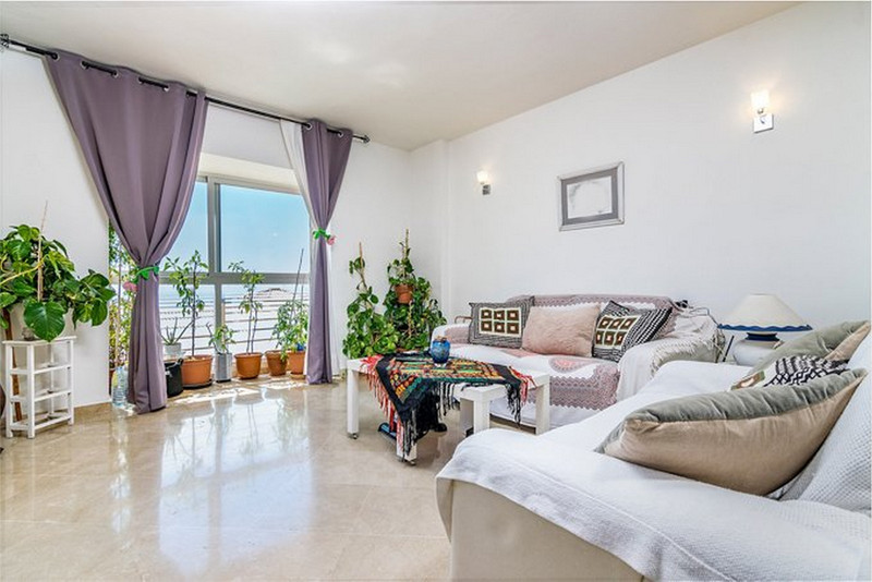 Marbella Banus Apartamento en Planta Última en venta, Calahonda – R3649070