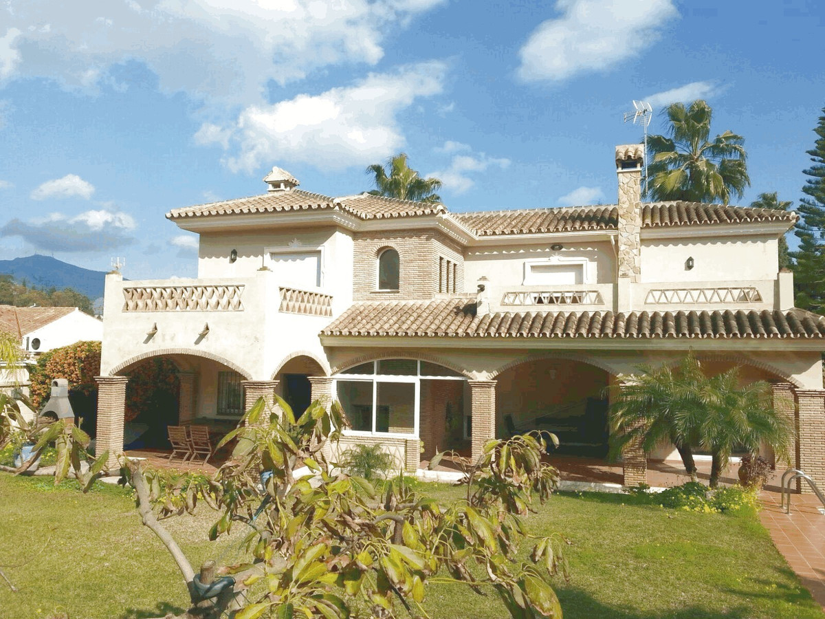 Magnificent detached house  in the urbanisation La Sierrezuela,Mijas Costa. Very well situated and a, Spain