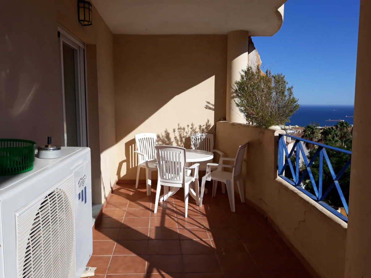 Cozy and very well maintained apartment with 1 bedroom and 1 bathroom in Torreblanca del Sol. Fuengi,Spain