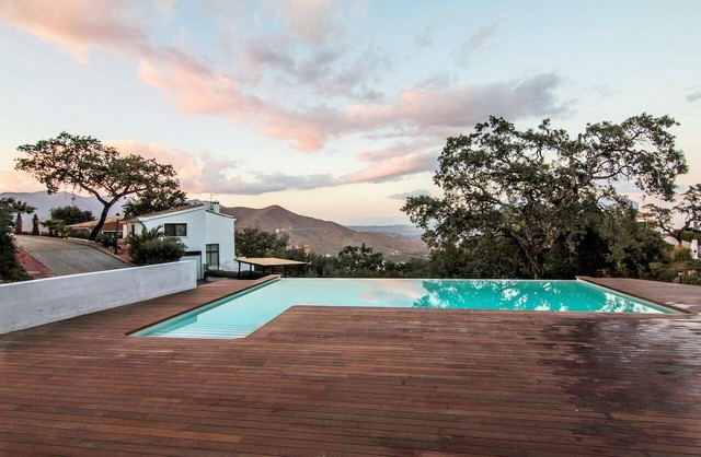 DO YOU WANT TO LIVE IN A HAVEN OF PEACE? FABULOUS MODERN INDEPENDENT VILLA just 4 minutes from Deuts,Spain