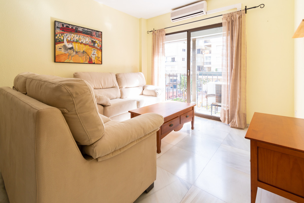 Fabulous flat at  second row from the beach of Fuengirola  (25 meters from the beach) with the possi,Spain
