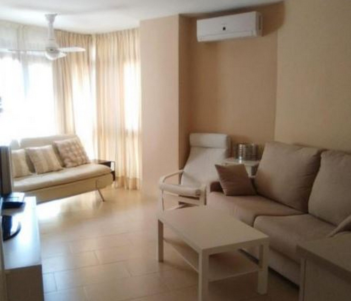 Fantastic studio a few steps from the beach and located in the center of Fuengirola. It has a living, Spain