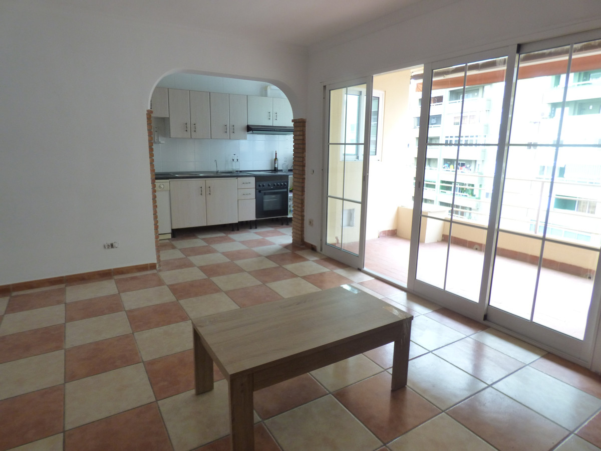 For sale nice apartment in the district of Los Boliches, 5 minutes walk from the beach, near superma, Spain