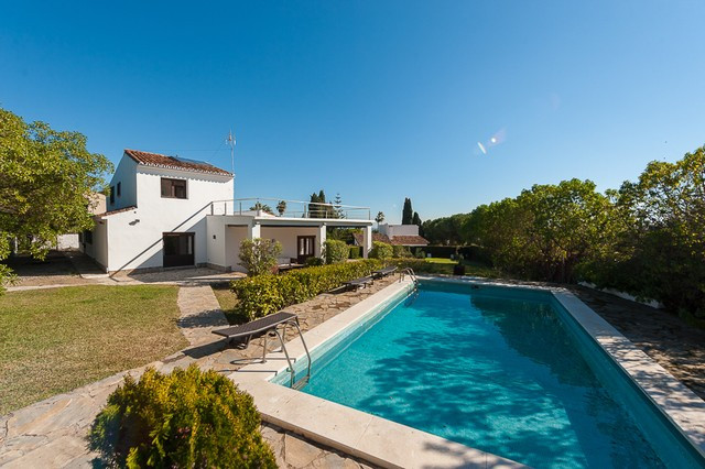 Villa for sale in Torremolinos
