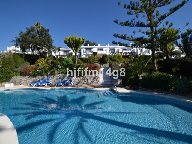 Townhouse - real estate in Nueva Andalucia