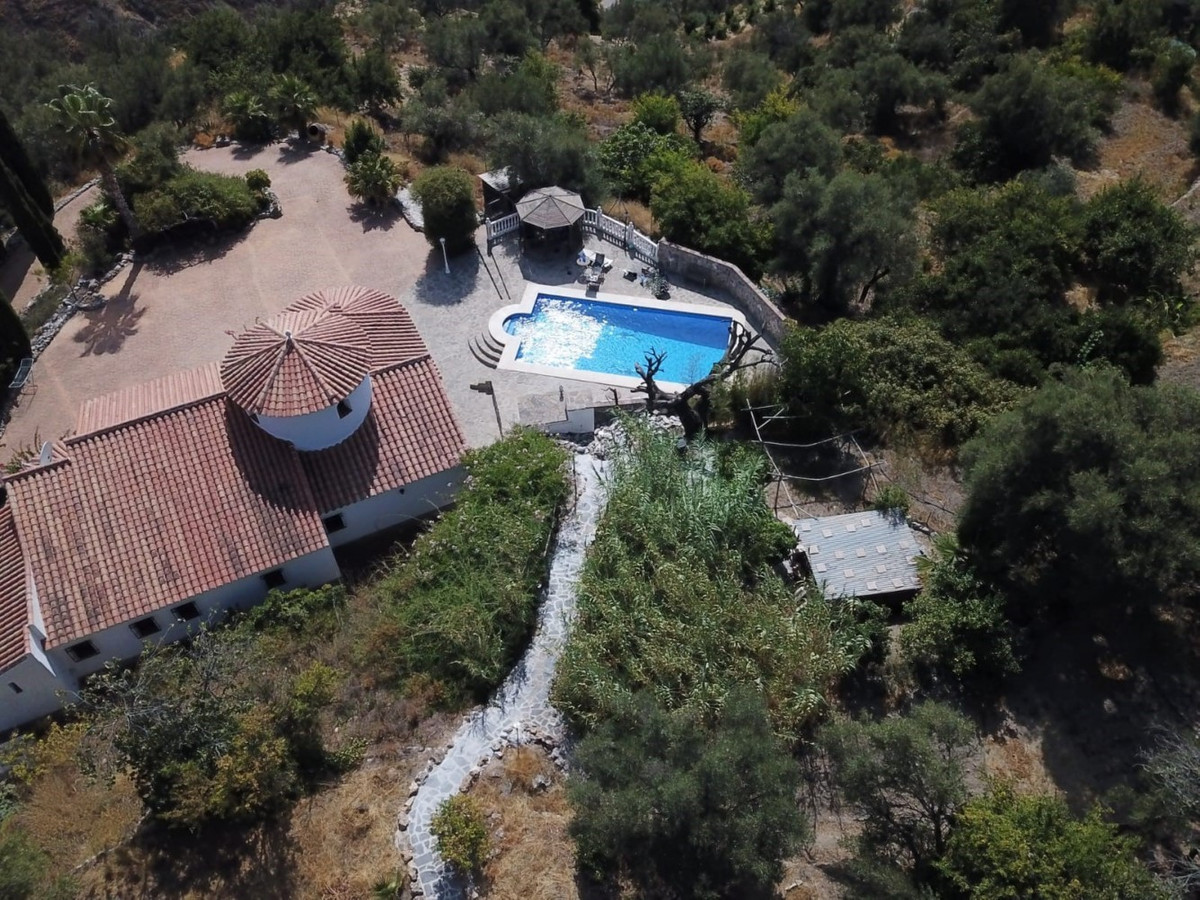 Villa for sale in Canillas de Aceituno
