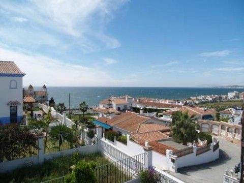 Townhouse - real estate in Mezquitilla