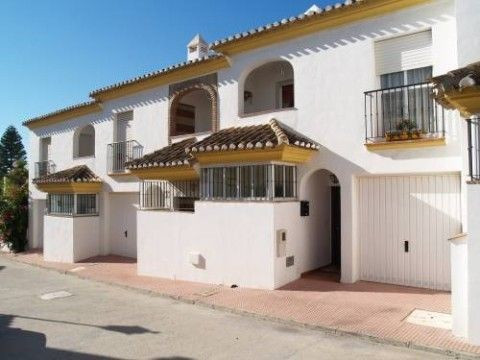 Townhouse - real estate in Caleta de Vélez