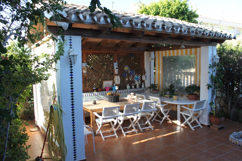 Townhouse for sale in Torrequebrada
