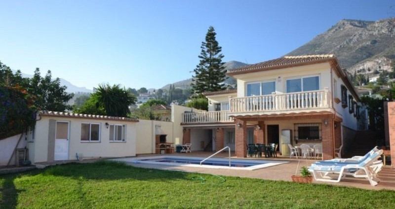 Villa - real estate in Arroyo de la Miel