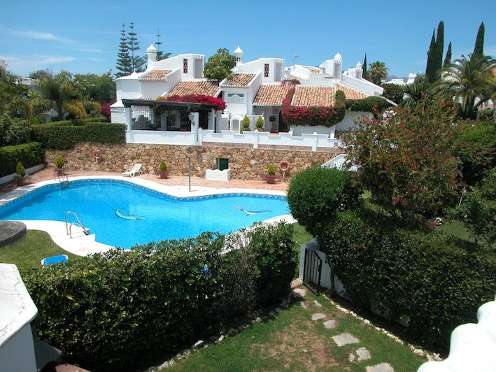 Rækkehus - ejendomsmægler i Bahia de Marbella