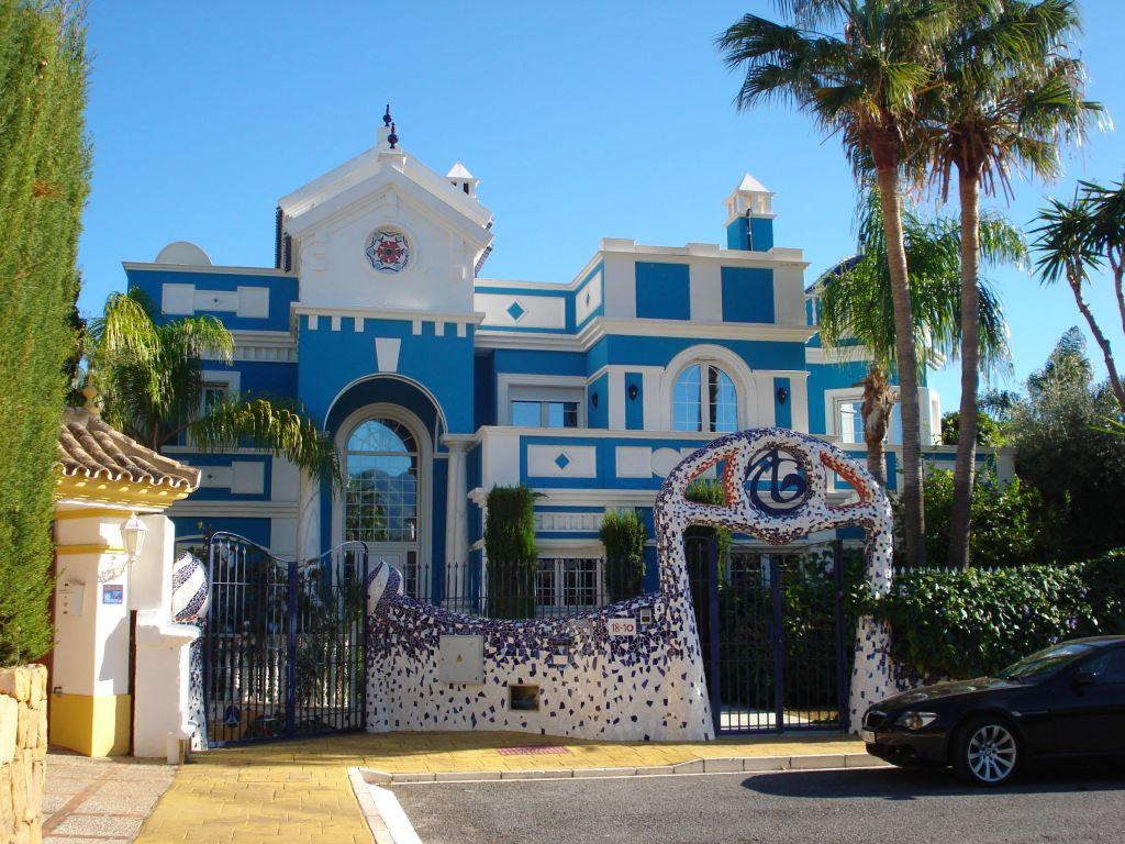 Villa - ejendomsmægler i Bahia de Marbella