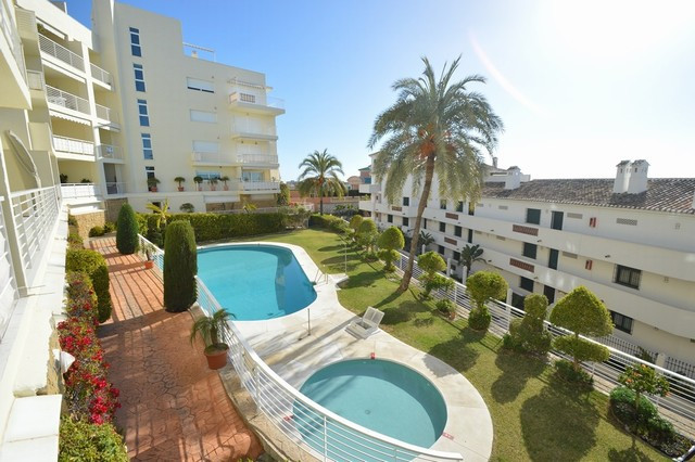 Apartment - real estate in Torrequebrada
